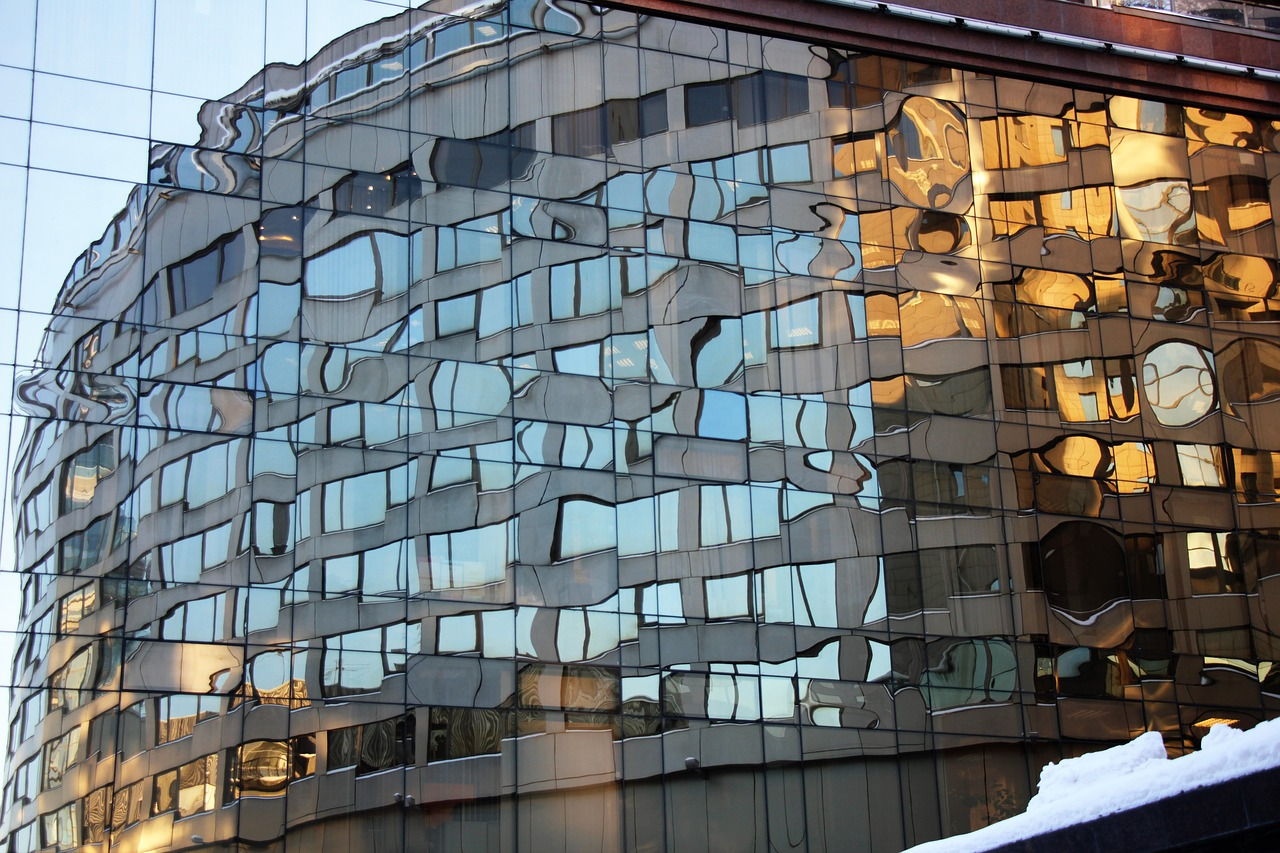 Wielkoformatowe włókno-cemetowe płyty elewacyjne