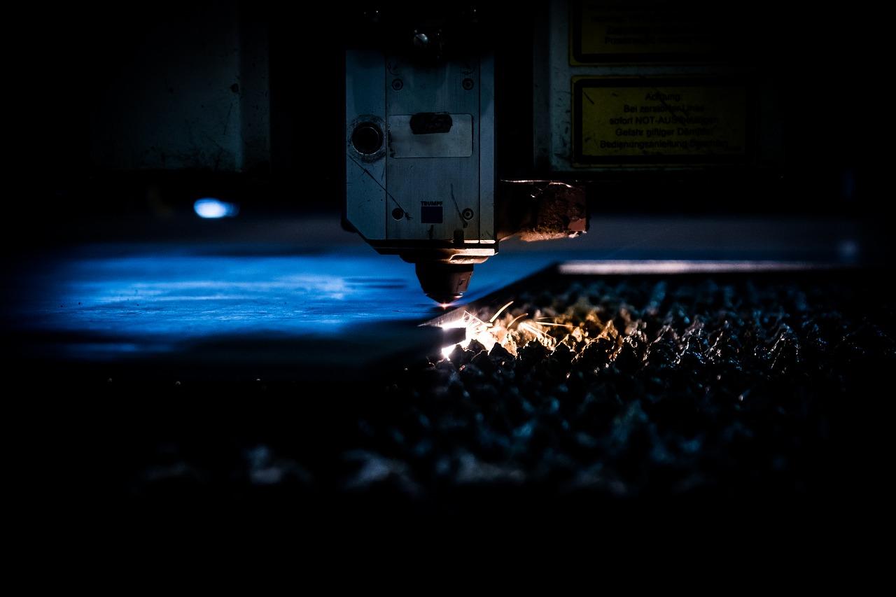 Cięcie CNC laserem
